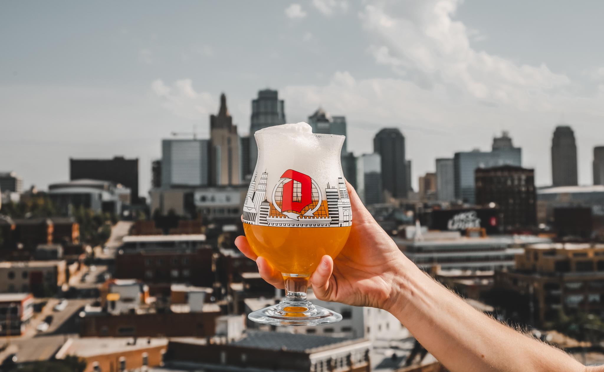 Duvel Kansas City skyline glass